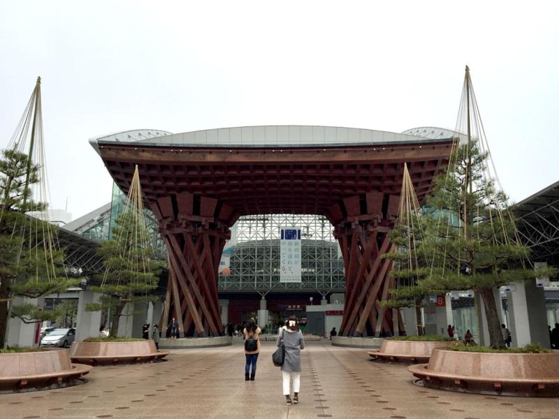 金沢駅 鼓門