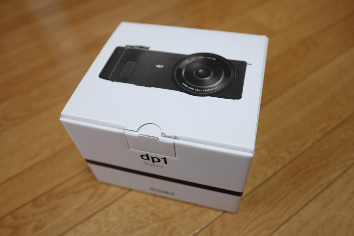 SIGMA dp1 Quattroの箱