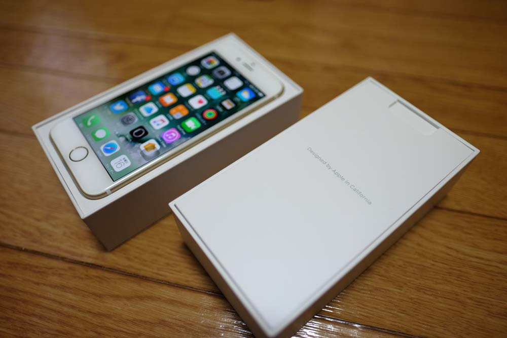 iPhone 7 パッケージ