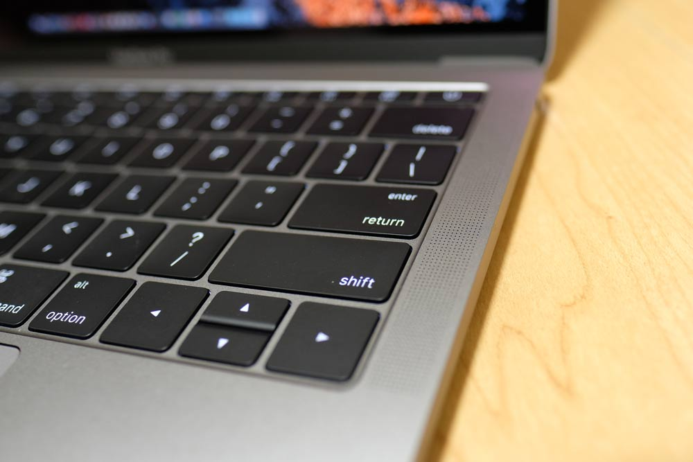 MacBook Pro 13インチ(2016)のスピーカー