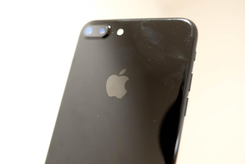iPhone7 Plus 指紋のつき方