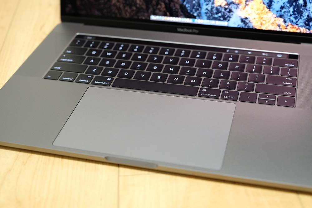 MacBook Pro 15インチ(2016)トラックパッド