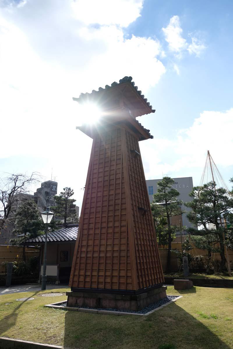 浅野川にある建物