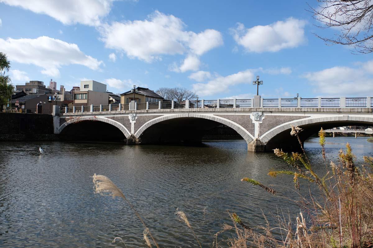 浅野川の橋