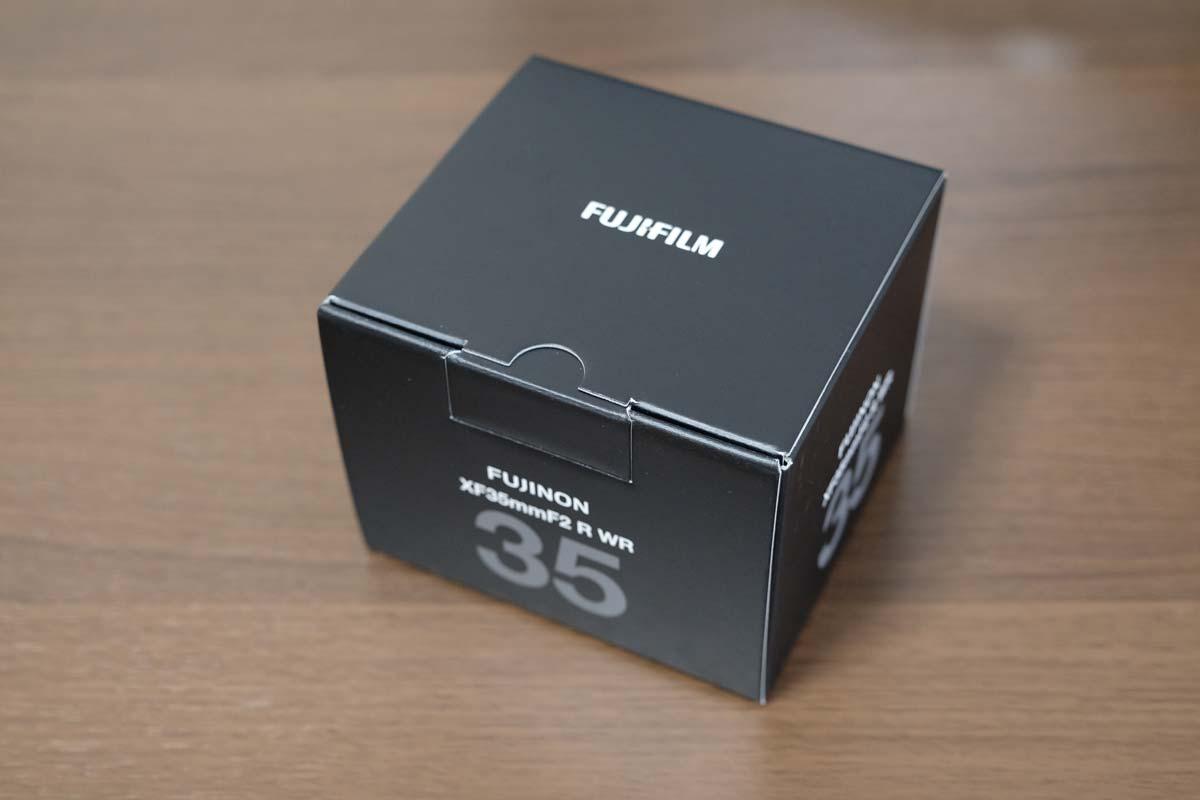 XF35mmF2 R WRの箱