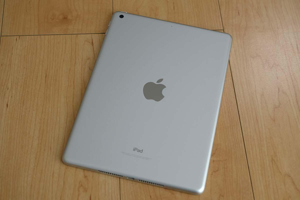 iPad(第5世代)背面パネル