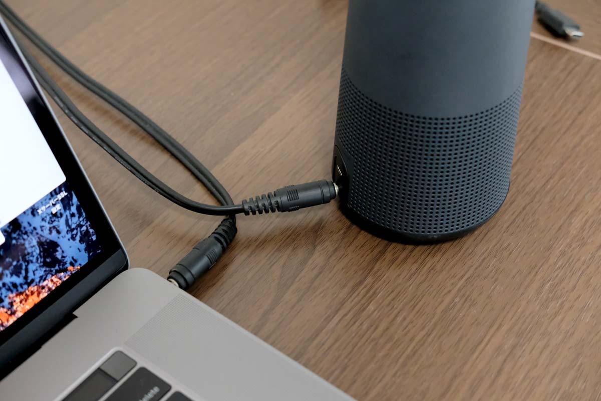 SoundLink Revolve ヘッドフォンジャック接続