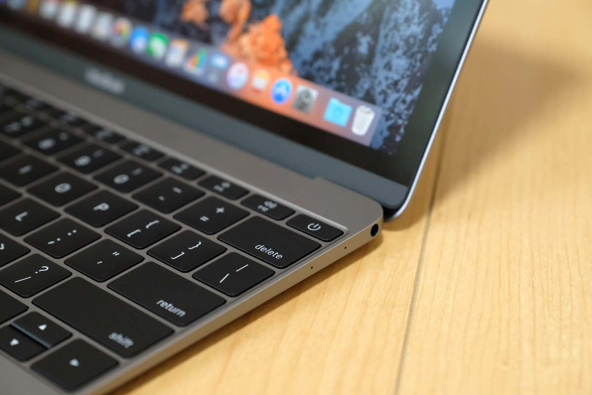 MacBook 2017 ヘッドフォンジャック