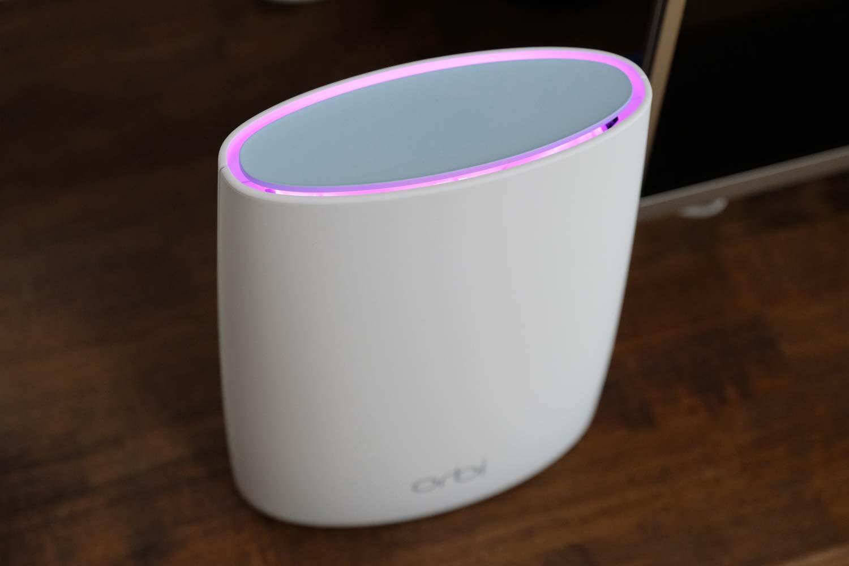 NETGEAR Orbi ルーター LED
