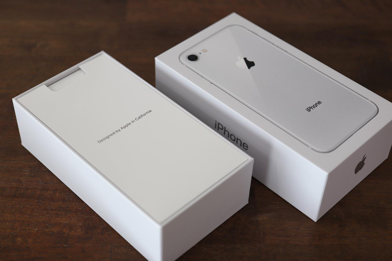 iPhone 8 開封