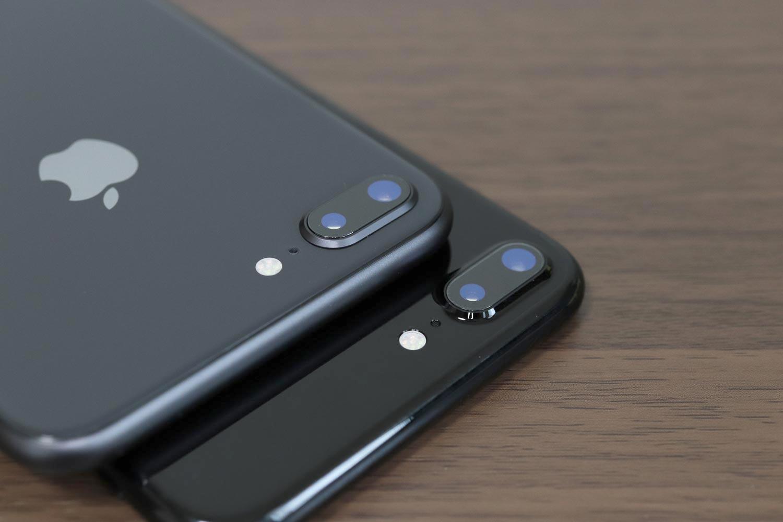 iPhone 8 Plus vs iPhone 7 Plus デュアルカメラのデザイン