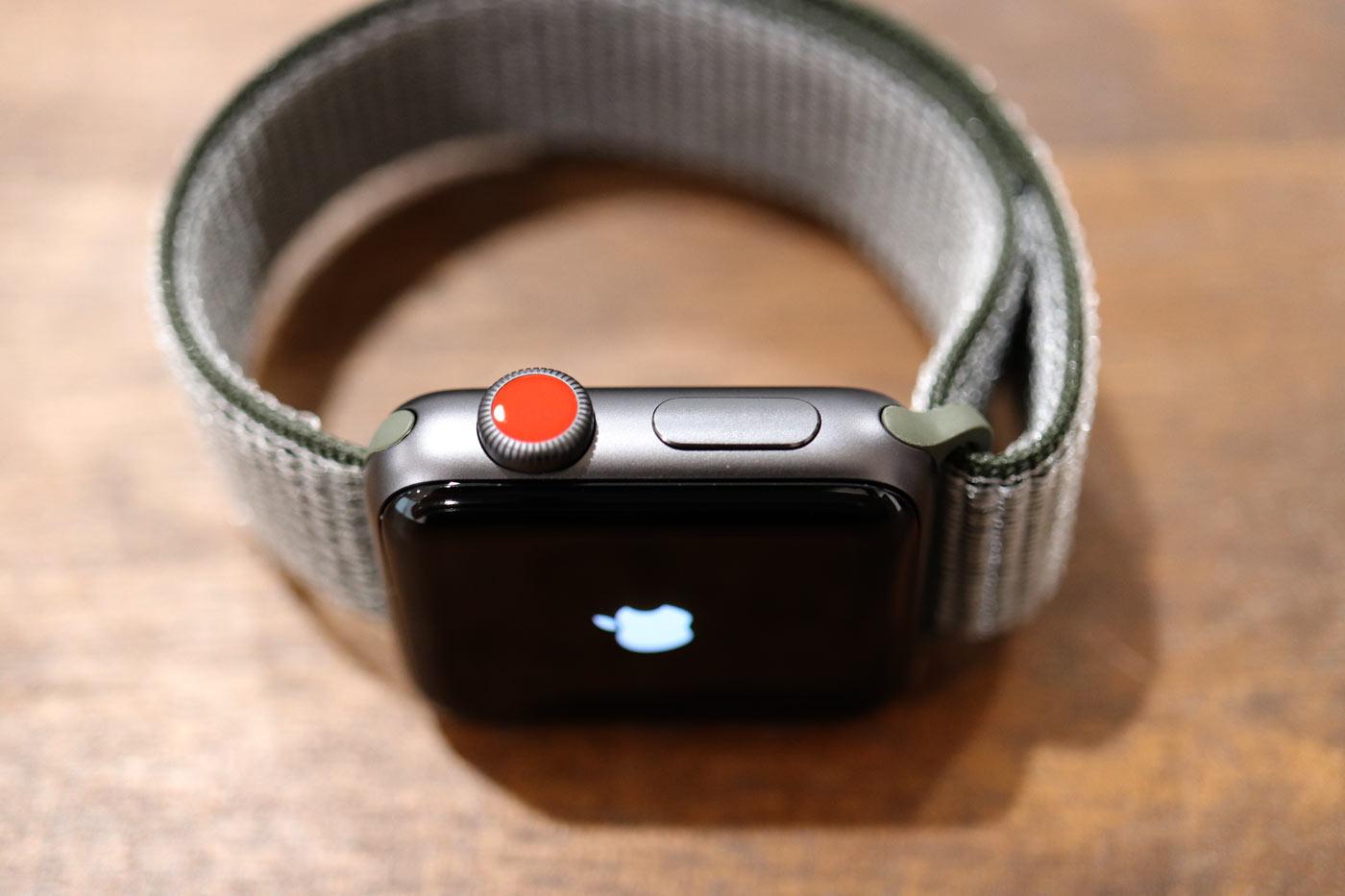 Apple Watch 3 セルラーモデル デジタルクラウン
