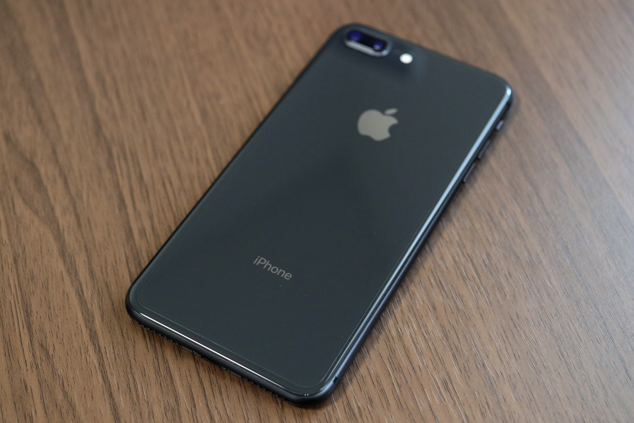 iPhone 8 Plus 背面保護フィルム