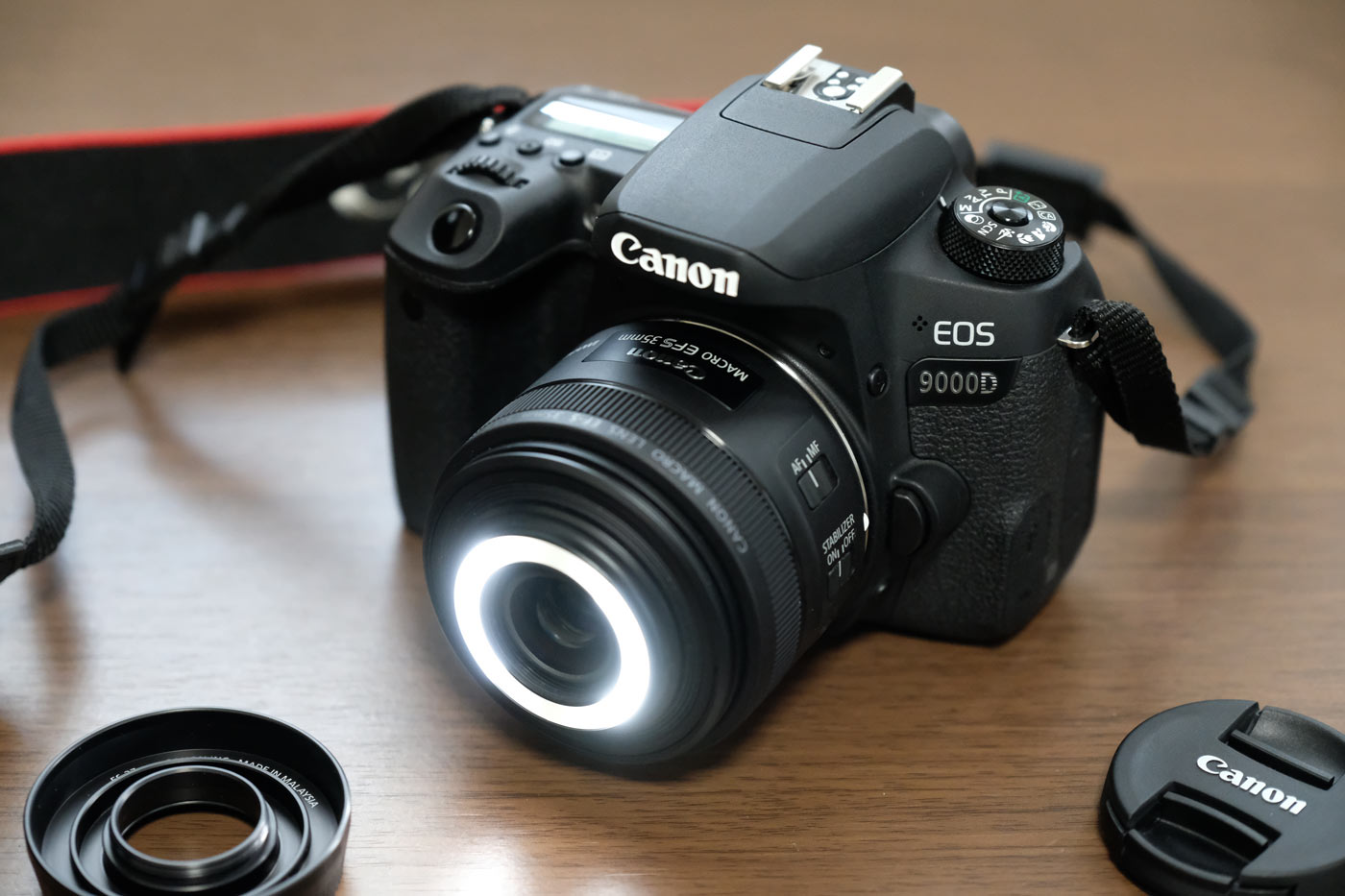 EF-S35mm F2.8 マクロ IS STM LEDライト