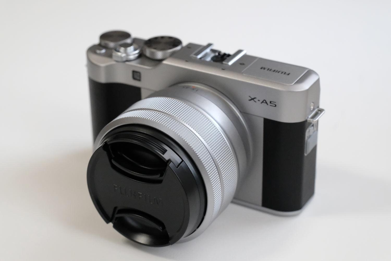 X-A5とXC15-45mmF3.5-5.6 キャップ付き