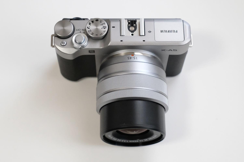 XC15-45mmF3.5-5.6 沈胴式レンズ
