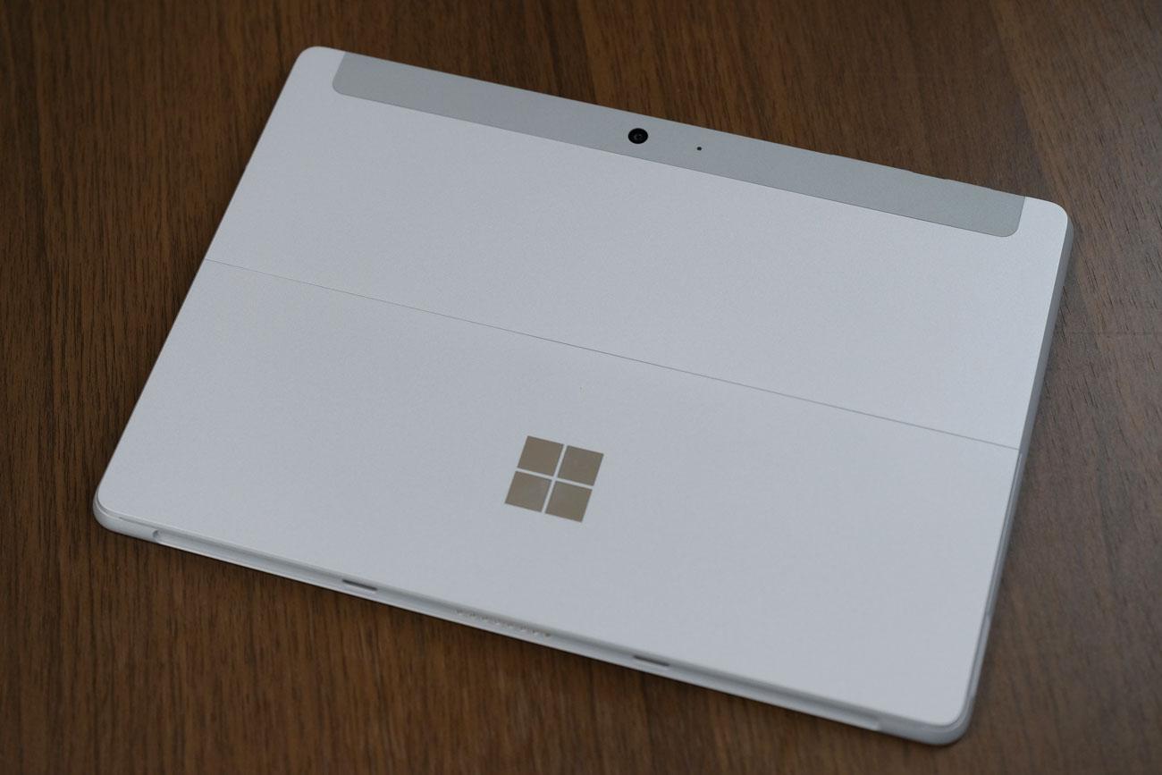 Surface Go 本体デザイン