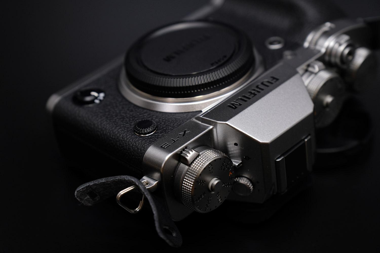 X-T3はクラシカルなデザインを採用