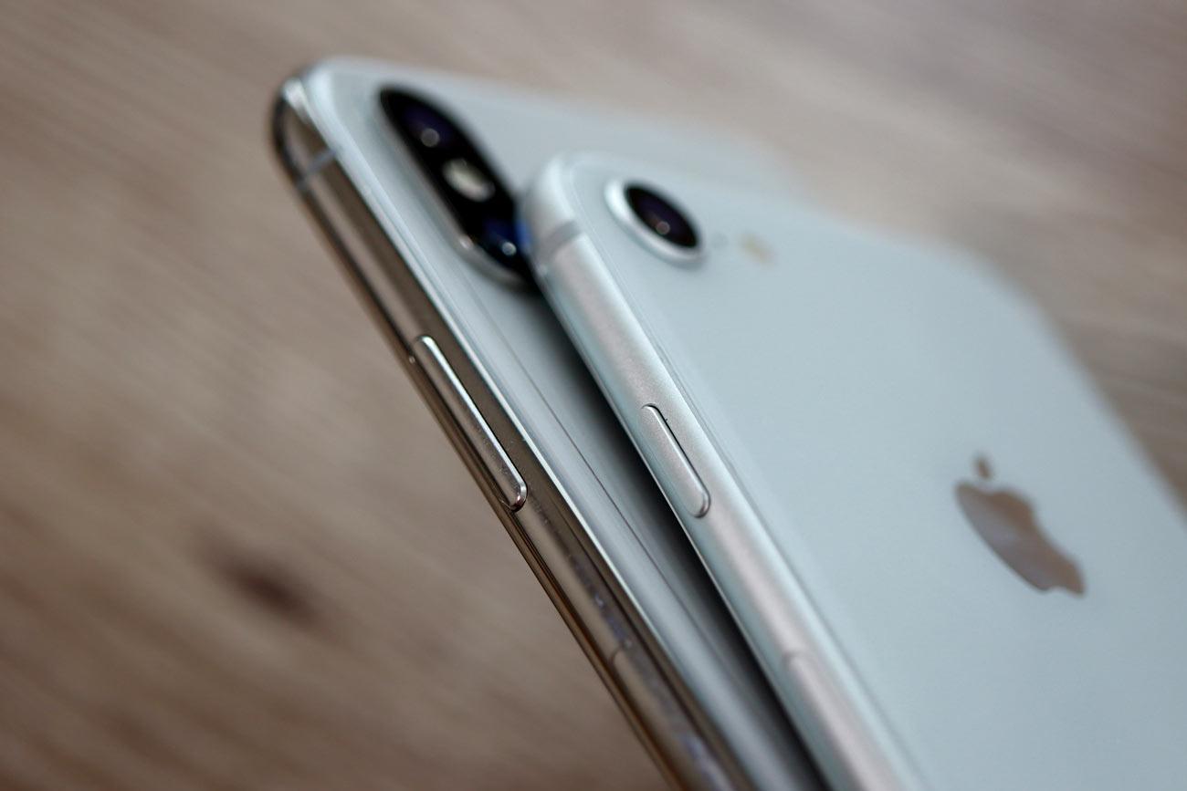 iPhone XS・XR ステンレスフレームとアルミフレーム