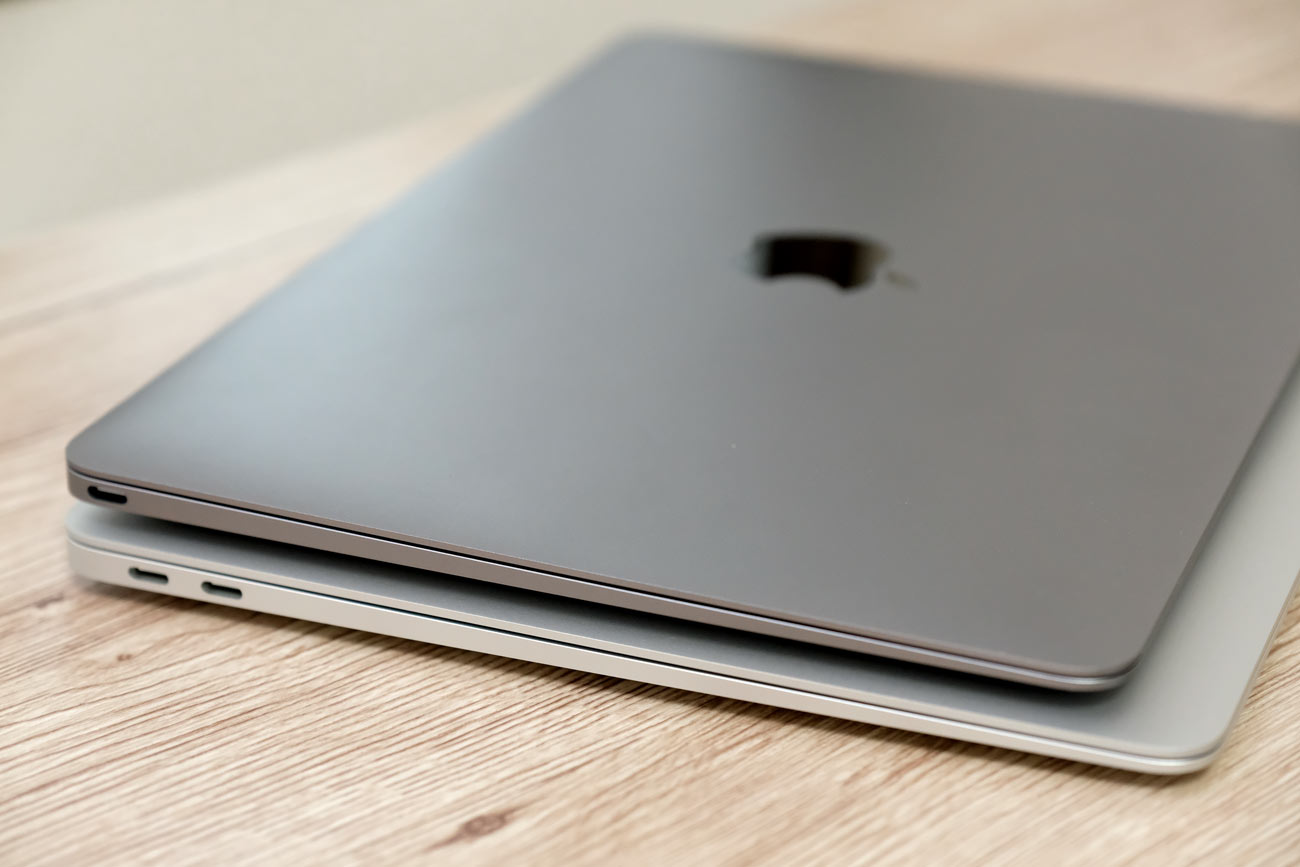MacBookとMacBook Airのデザインは同じ