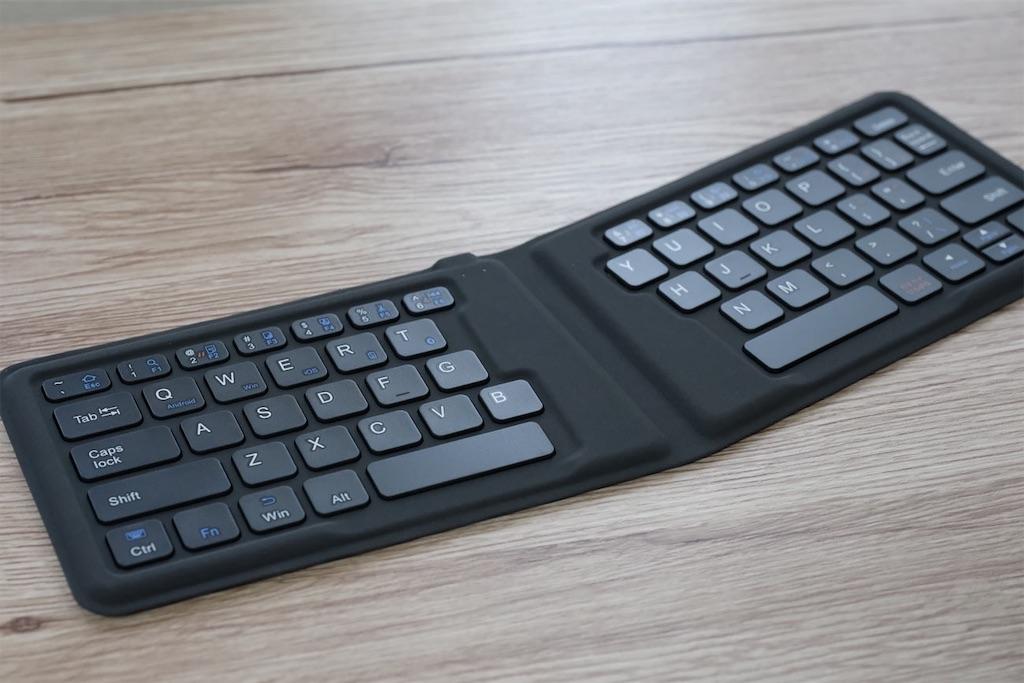 iClever IC-BK06 キーボード全体