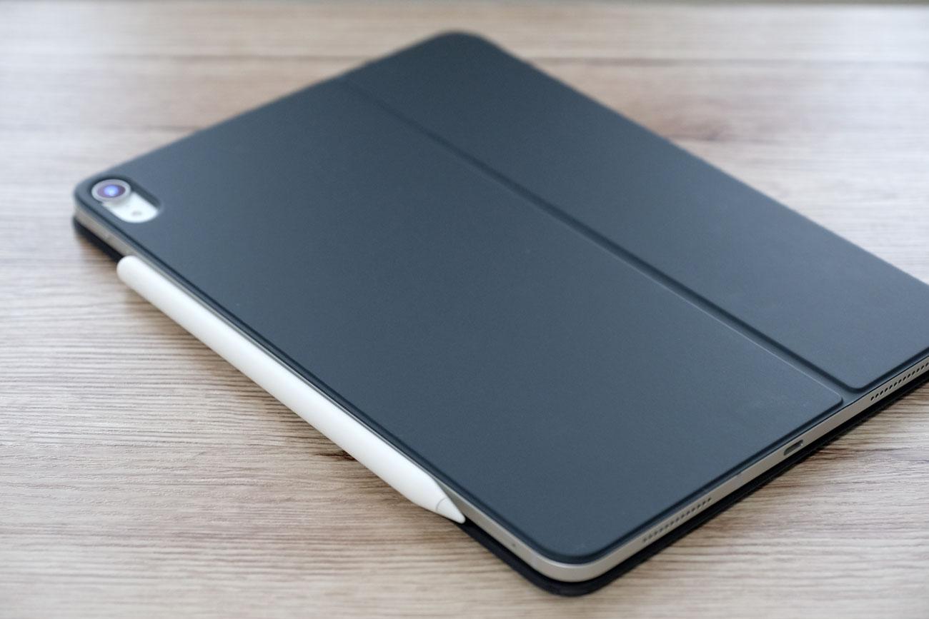 Apple Pencil 2をiPad Proに装着する