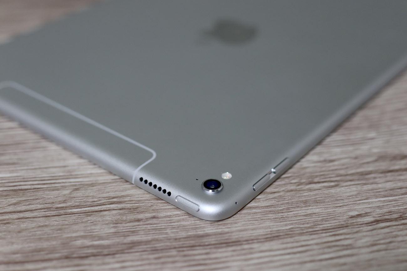 iPad Pro 9.7 カメラ