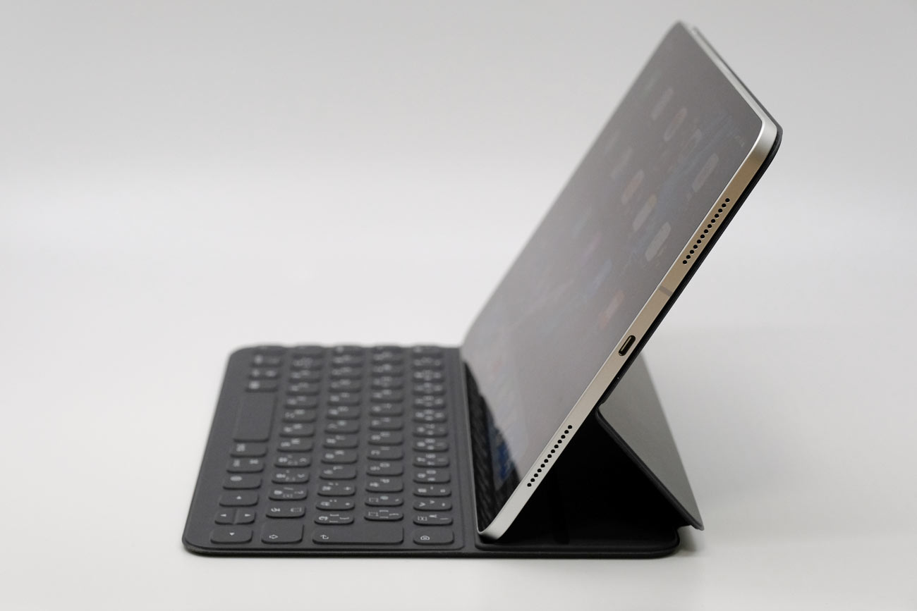 Smart Keyboard Folio キーボードスタイル
