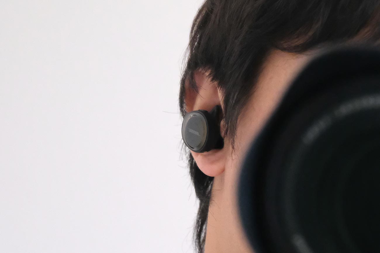 Bose SoundSport Free 装着