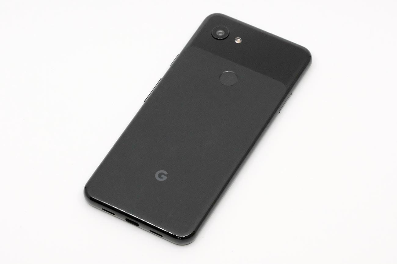 Pixel 3a 背面のデザイン