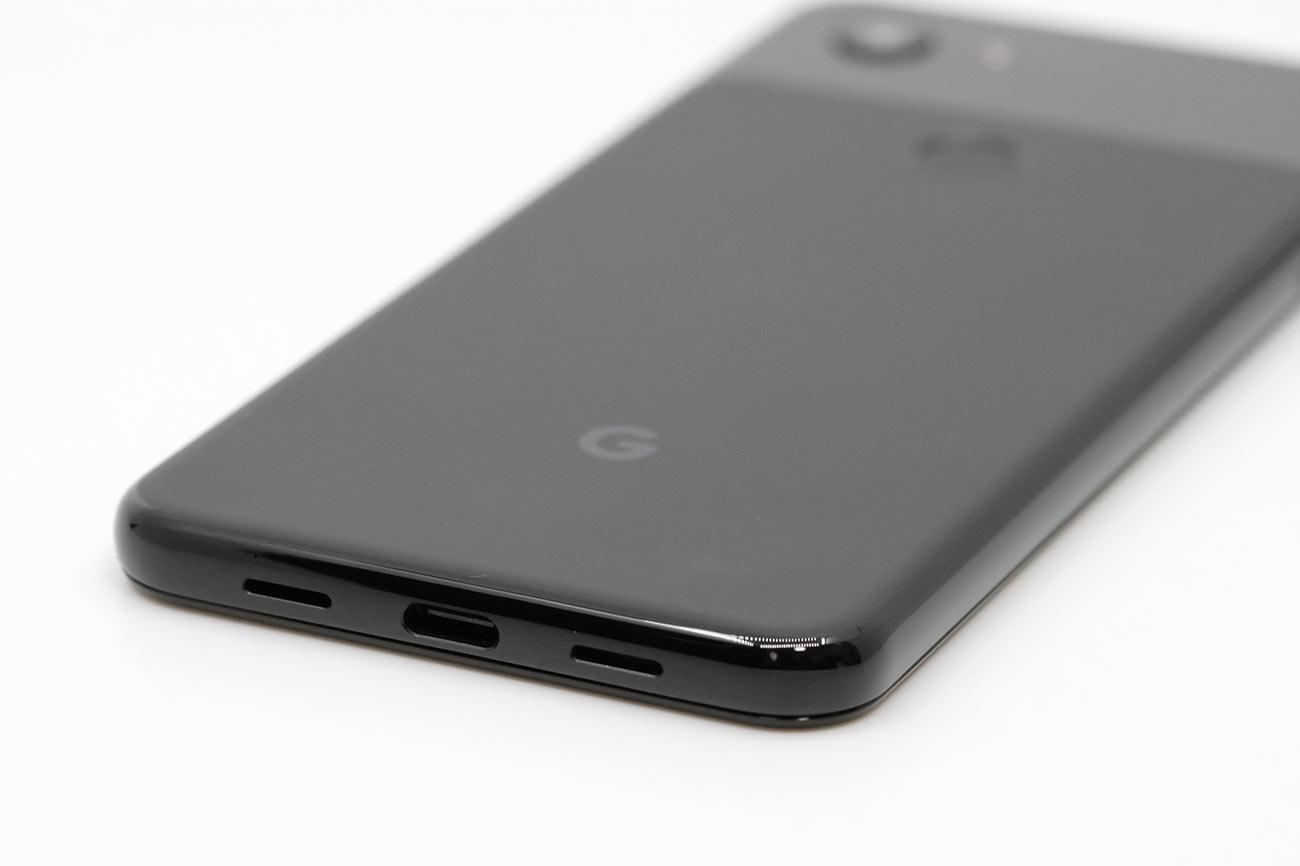 Pixel 3aの充電ポート