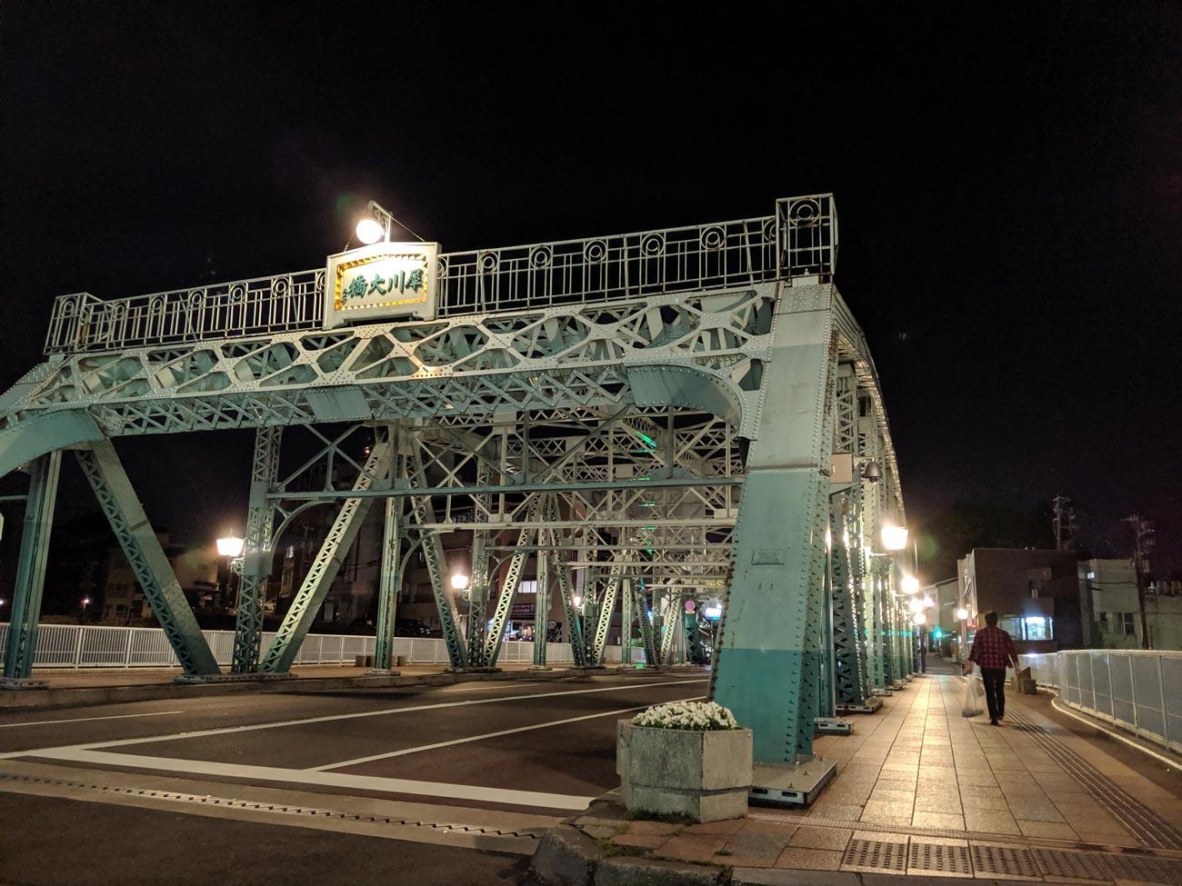 Pixel 3a リアカメラ 夜間撮影