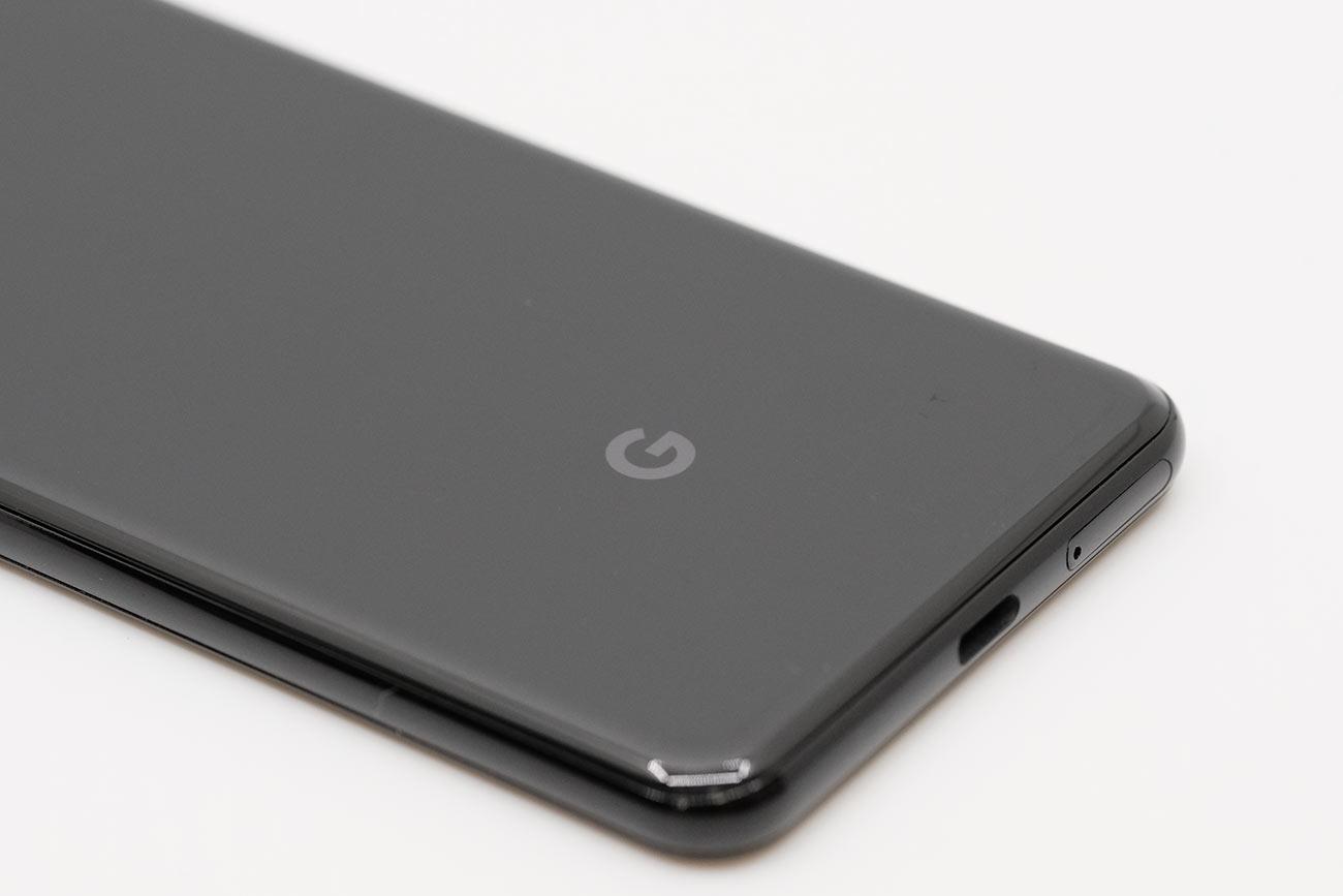 Google Pixel 3 ガラス筐体を採用