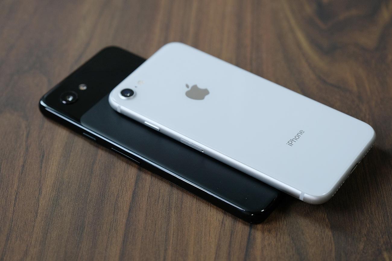Pixel3aとiPhone 8の質感