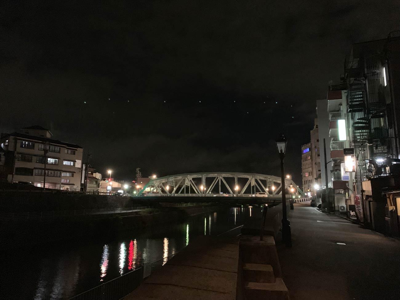 iPhone 8 リアカメラの画質(夜間)