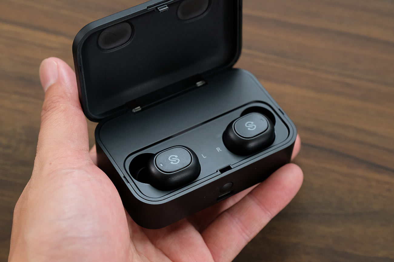 SoundPEATS Q32の充電ケース