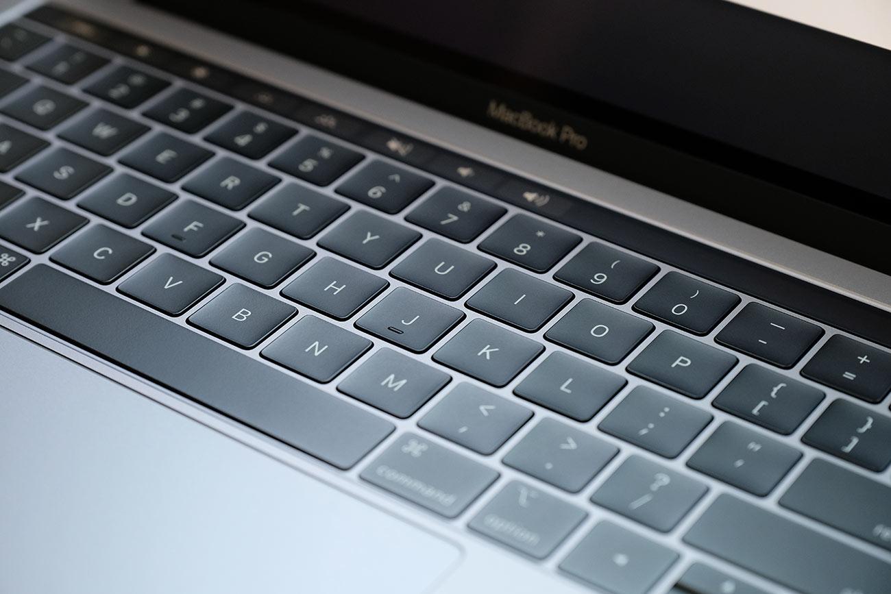 MacBook Pro 13インチ(2019)バタフライ構造のキーボード
