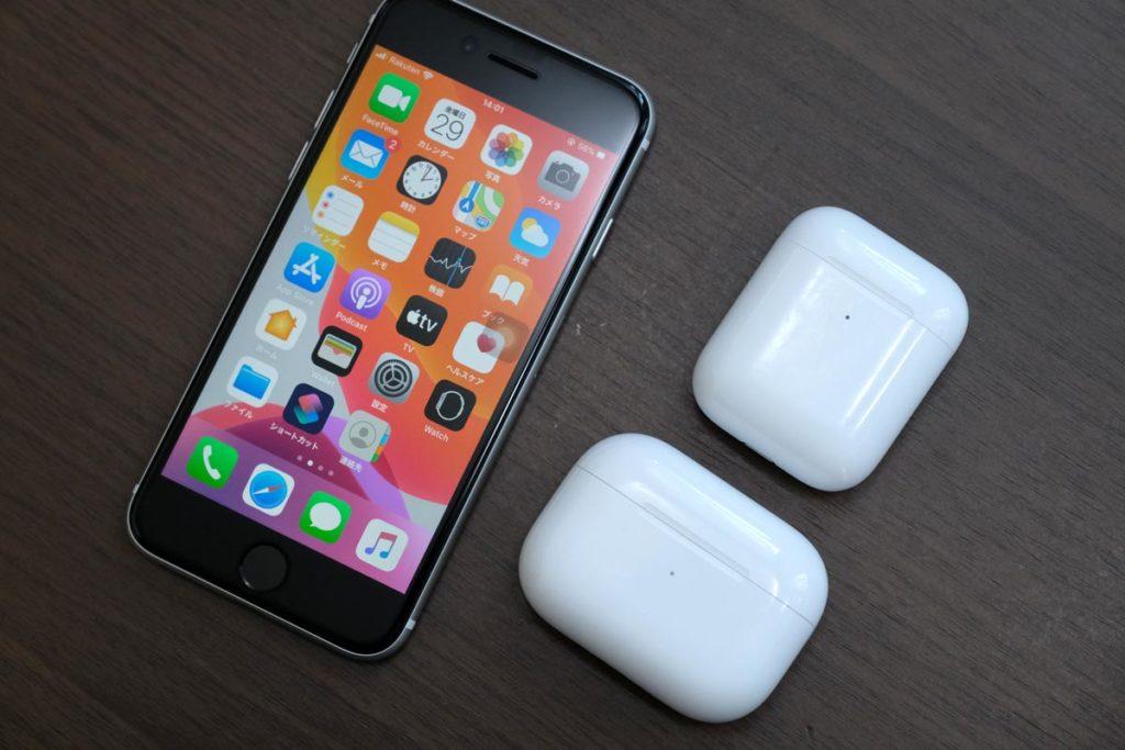 iPhone SEとAirPods