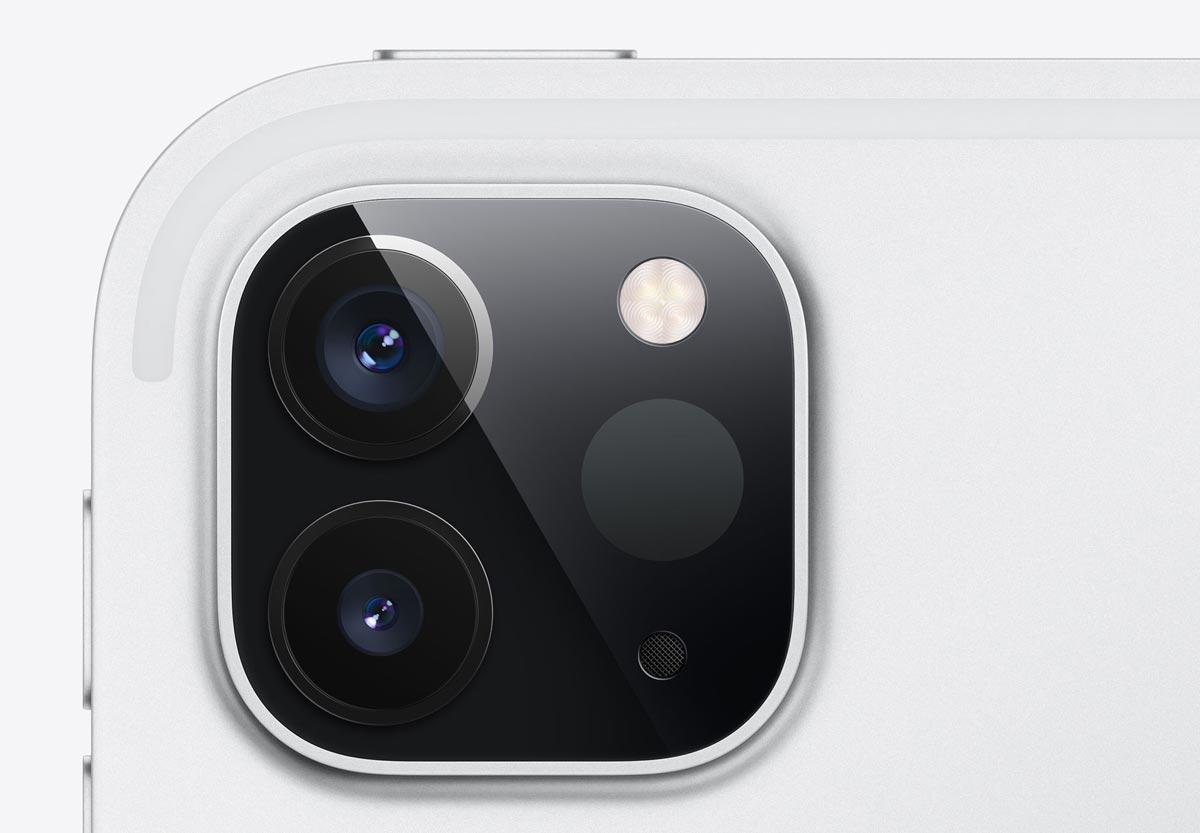 iPad Pro デュアルカメラ + LiDARスキャナ
