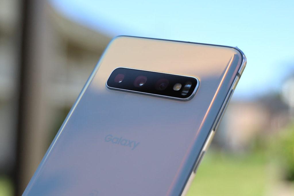 Galaxy S10 トリプルカメラ