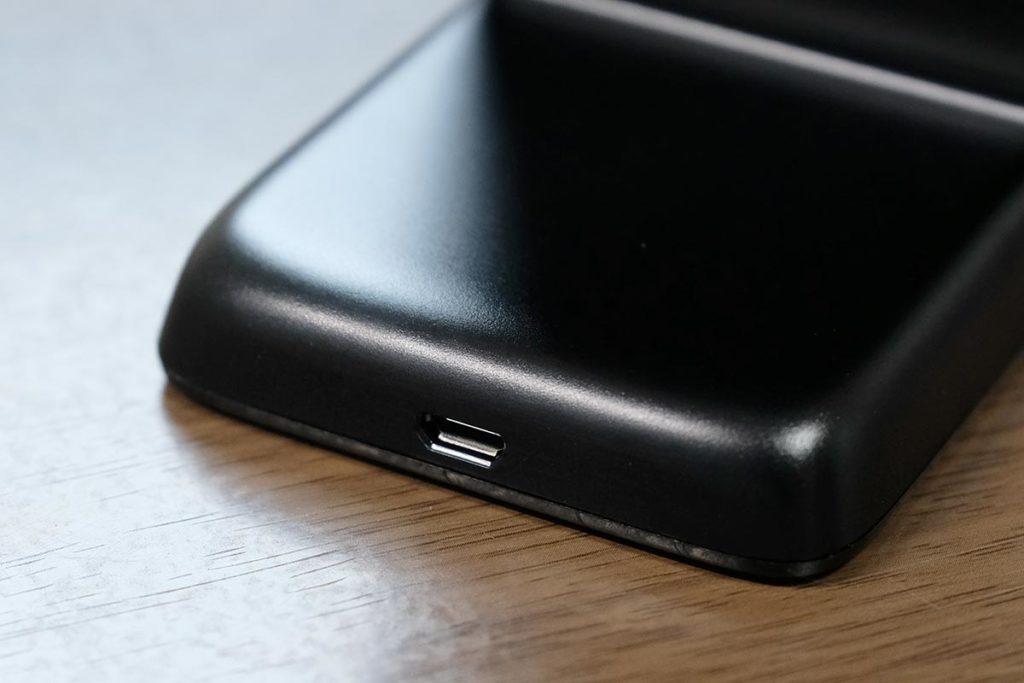Micro USBコネクタ