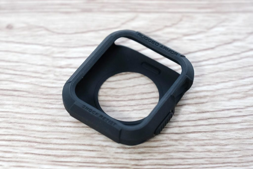 SpigenのApple Watchのケース
