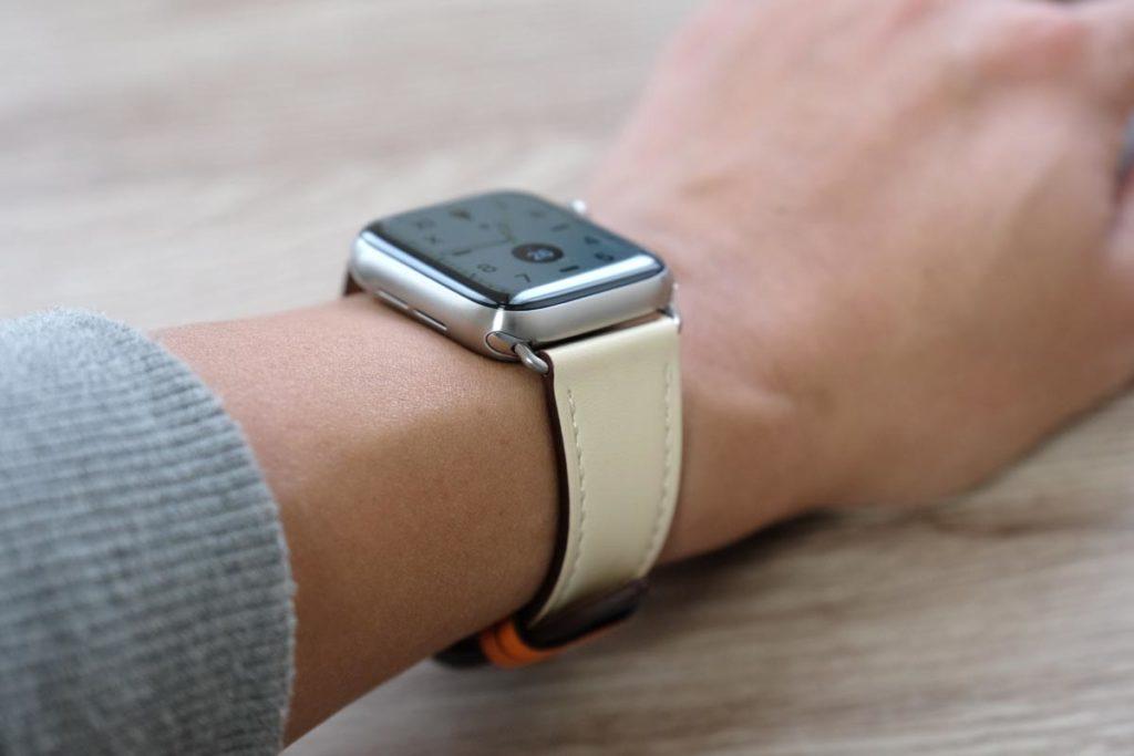 Apple Watch チタンとの組み合わせ