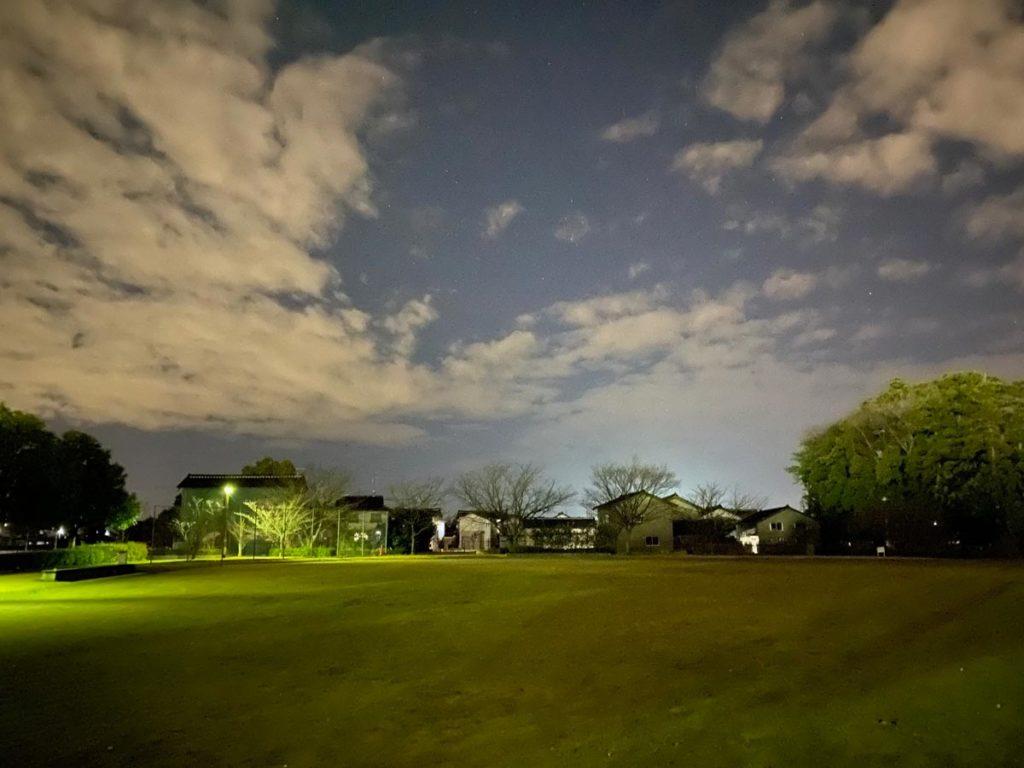 iPhone 11 Pro 暗所のナイトモード撮影