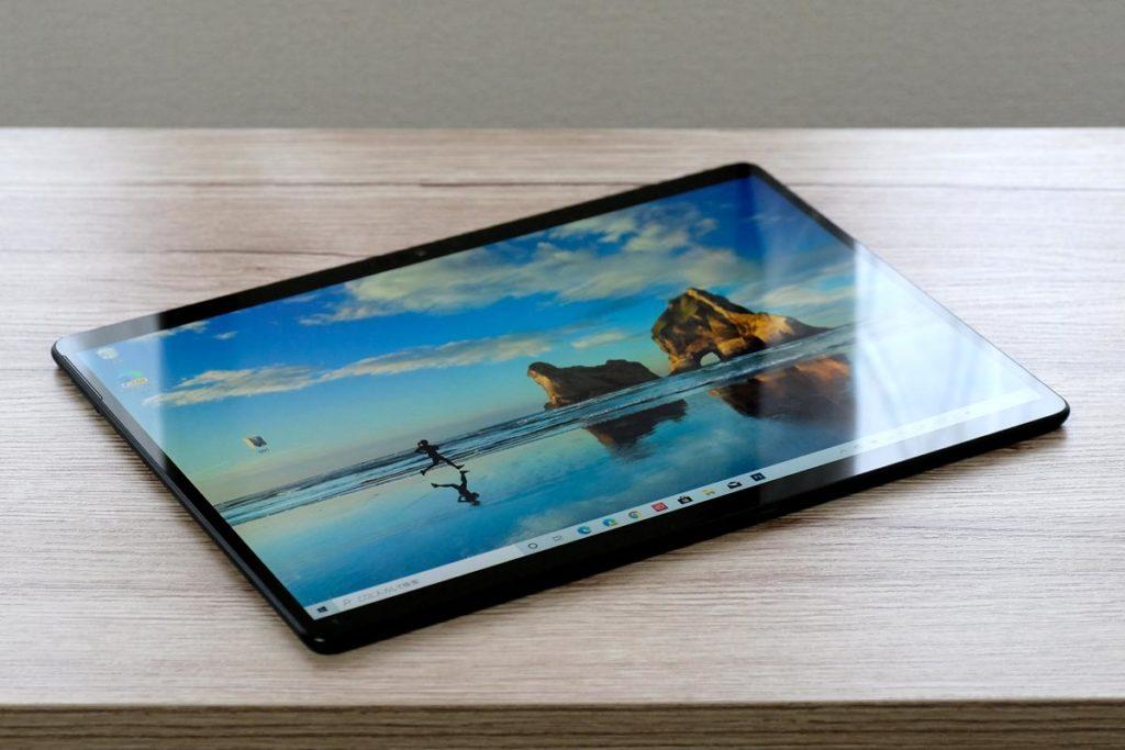 Surface Pro X 正面デザイン