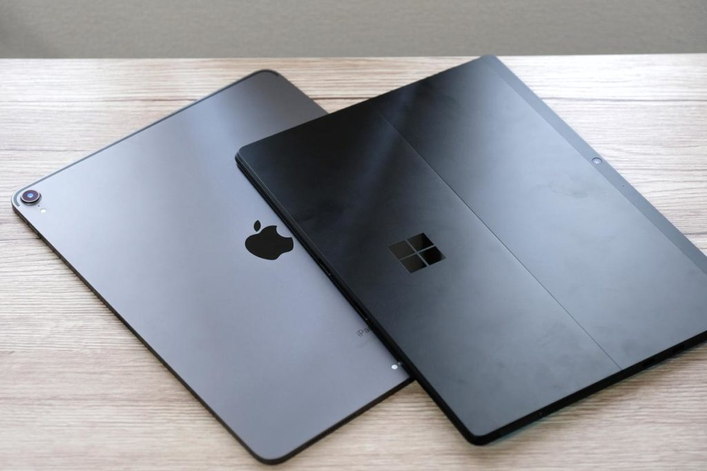 iPad Pro 12.9インチとSurface Pro X