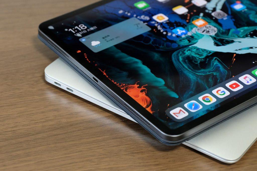 MacBook AirとiPad ProのUSB-Cポート