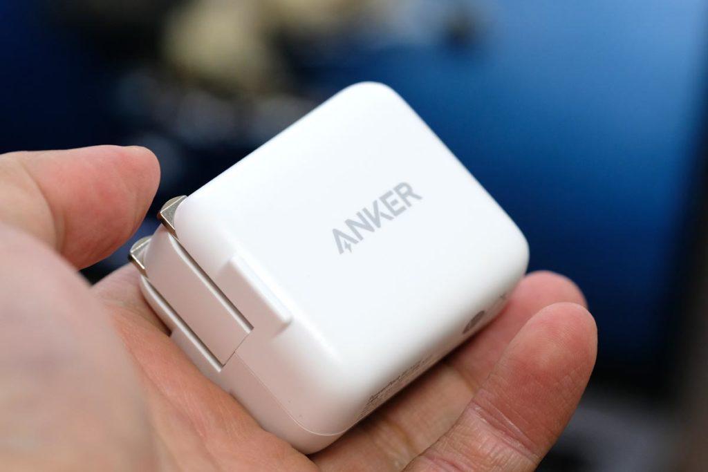 Anker PowerPort III miniのサイズ感
