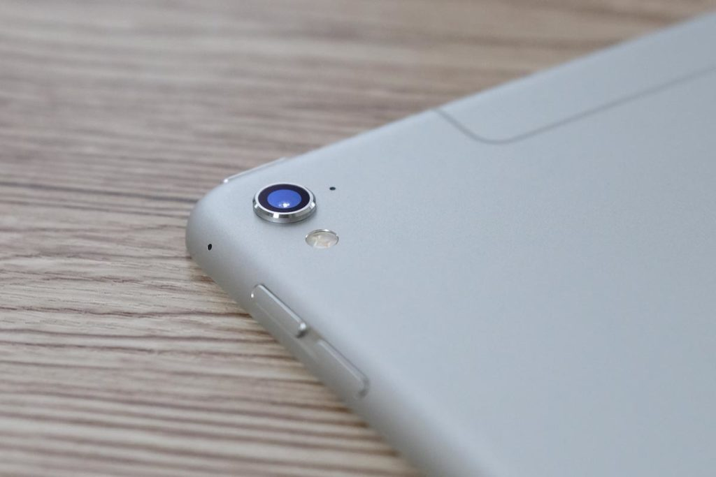 iPad Pro 9.7インチのリアカメラ