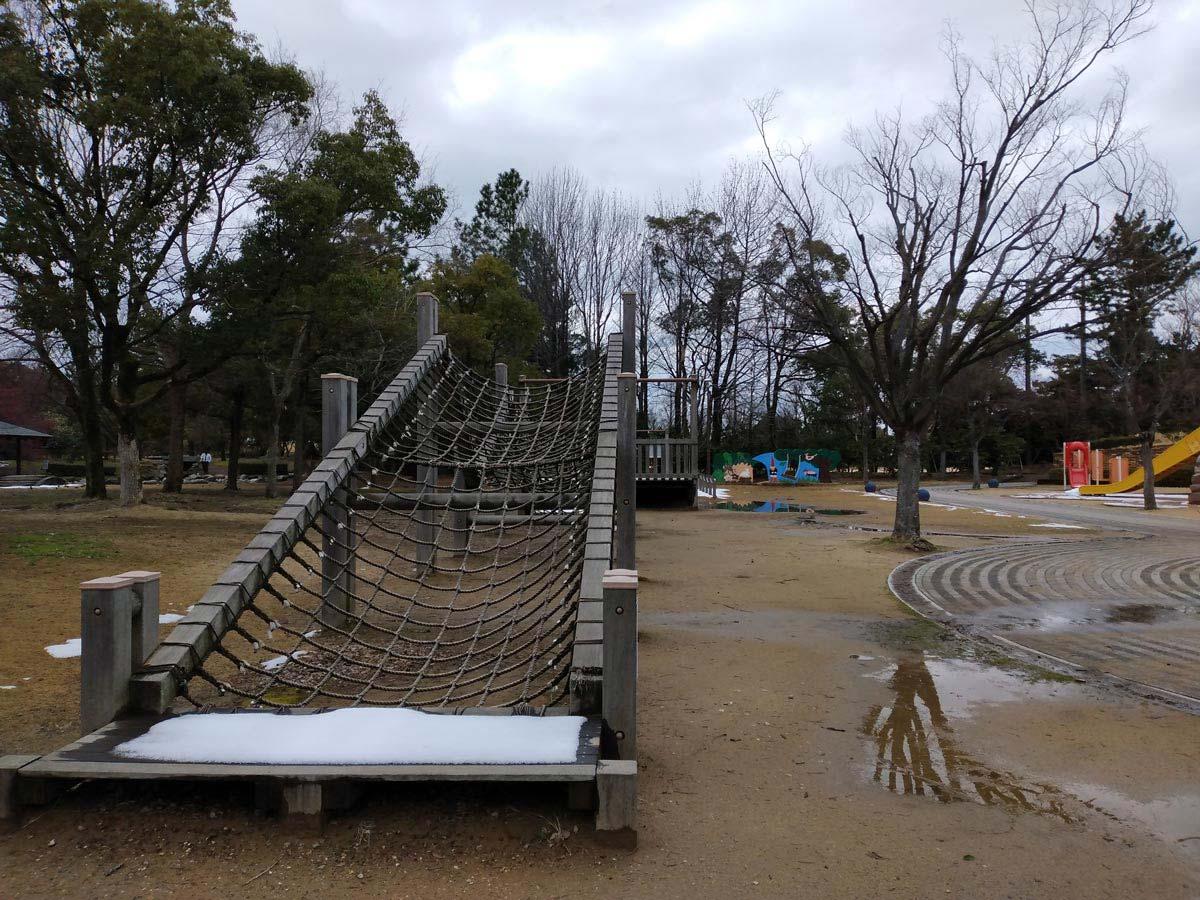 Libero S10のカメラで公園を撮影
